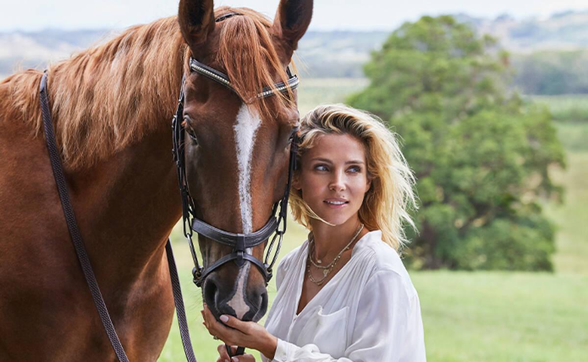 Elsa Pataky Horse
